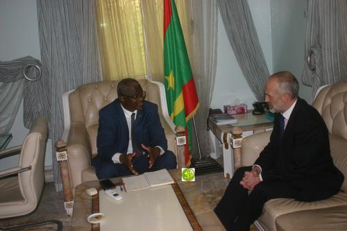 Le ministre de l'Enseignement supérieur reçoit l'ambassadeur britannique