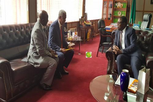 L'ambassadeur mauritanien en Zambie présente ses lettres de créances