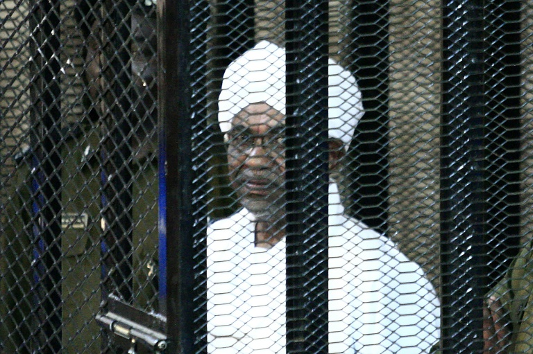 Soudan: verdict attendu pour l'ex-président Béchir accusé de corruption