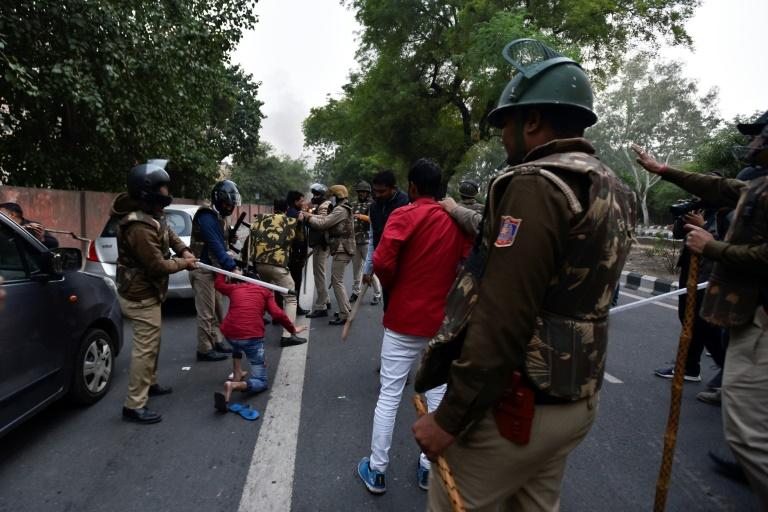 Inde: le mouvement contre la loi sur la citoyenneté s'embrase