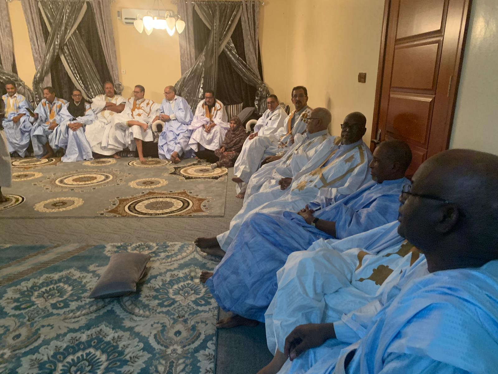 Les ex-sénateurs décident d'ester en justice Ould Abdel Aziz
