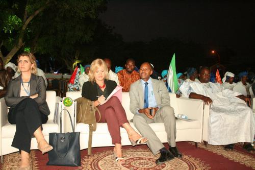 Organisation d'une cérémonie pour marquer la Journée mondiale des migrations