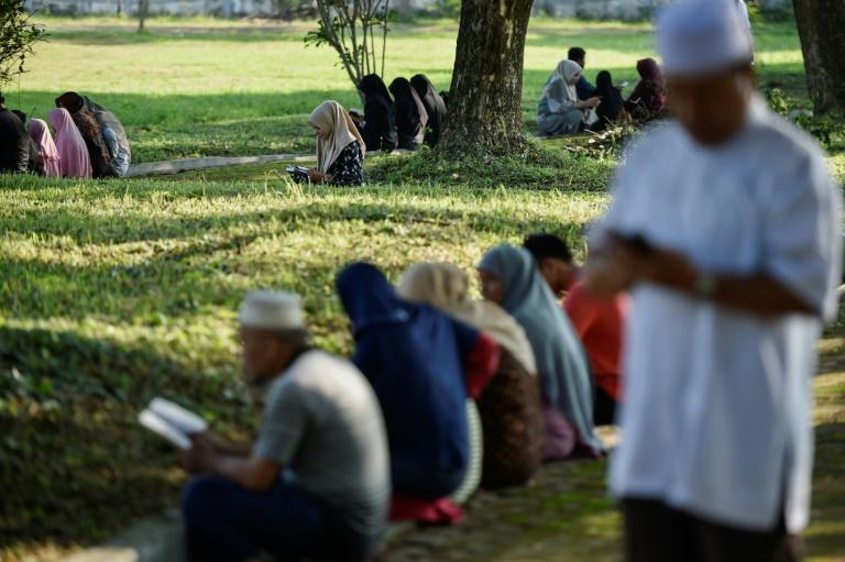 L'Indonésie se recueille 15 ans après un tsunami dévastateur