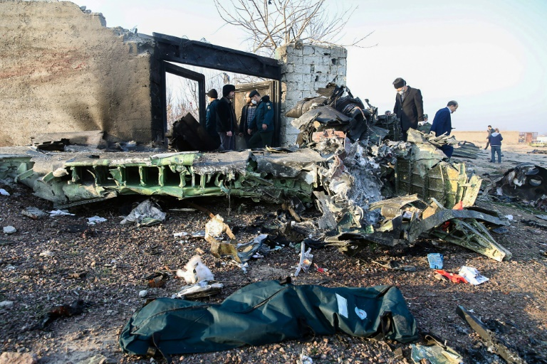 Un Boeing ukrainien s'écrase en Iran, environ 170 morts