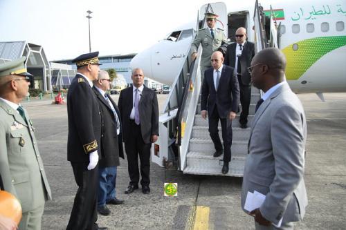 Le Président de la République arrive en France