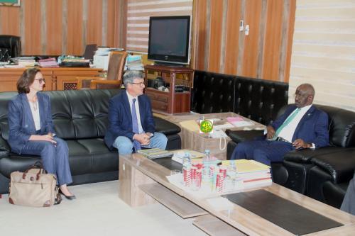 Le ministre de l'Intérieur reçoit le chef de la délégation de l'UE
