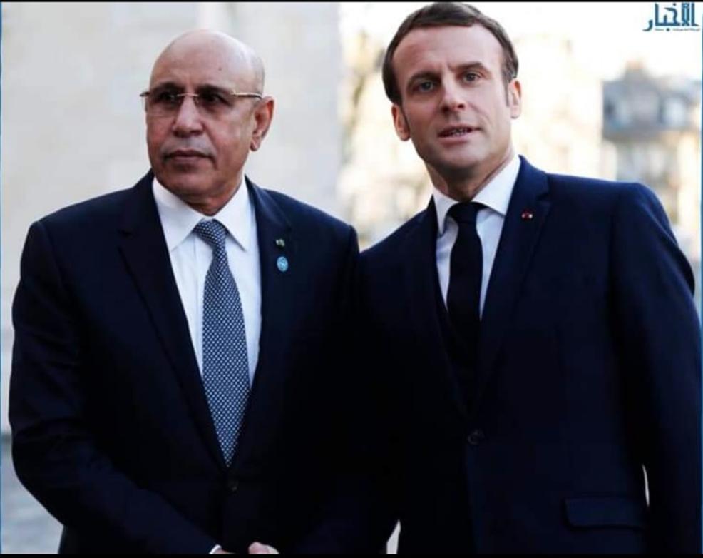 Le Président de la République s'entretient avec son homologue français