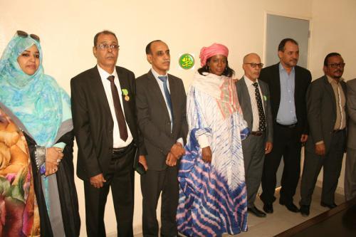 La ministre des Affaires sociales décore des directeurs de son département