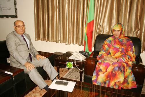 La ministre de l'Hydraulique et de l'Assainissement reçoit l'ambassadeur de l'Etat de Palestine