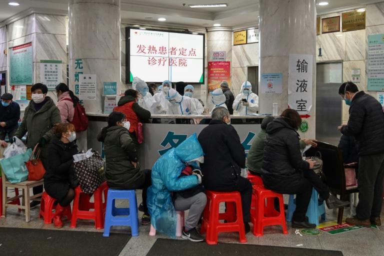 La Chine resserre l'arsenal contre l'épidémie, Europe et Australie touchées