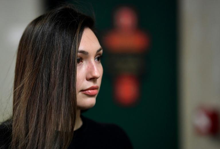 """Une femme raconte sa relation """"dégradante"""" avec Weinstein, mue par la peur"""