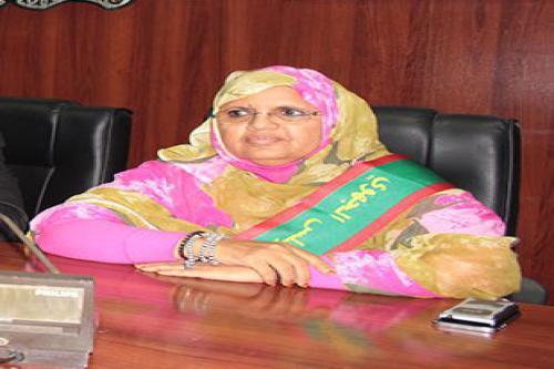 La présidente du conseil régional de Nouakchott se rend à Paris