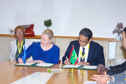 Signature d'une convention de financement d'appui à la santé