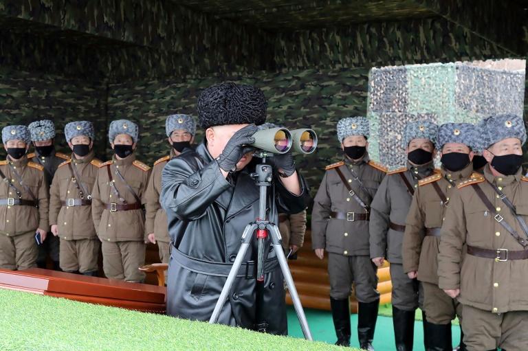 """La Corée du Nord tire deux """"missiles balistiques de courte portée"""""""