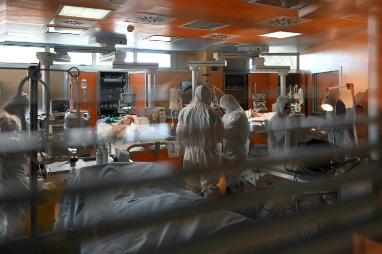 """Dans les hôpitaux de Rome, """"la nuit, les cauchemars arrivent"""""""