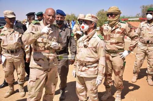 Le chef d'état-major général des Armées poursuit sa visite de sensibilisation dans le secteur frontalier sud