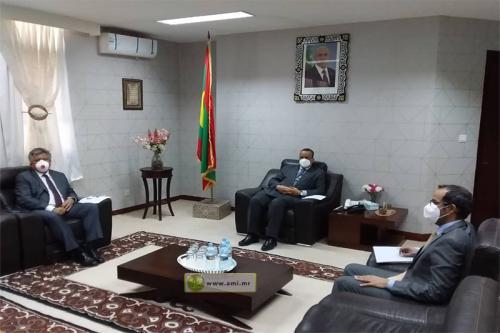 Le ministre des affaires étrangères reçoit l'ambassadeur de Turquie en Mauritanie