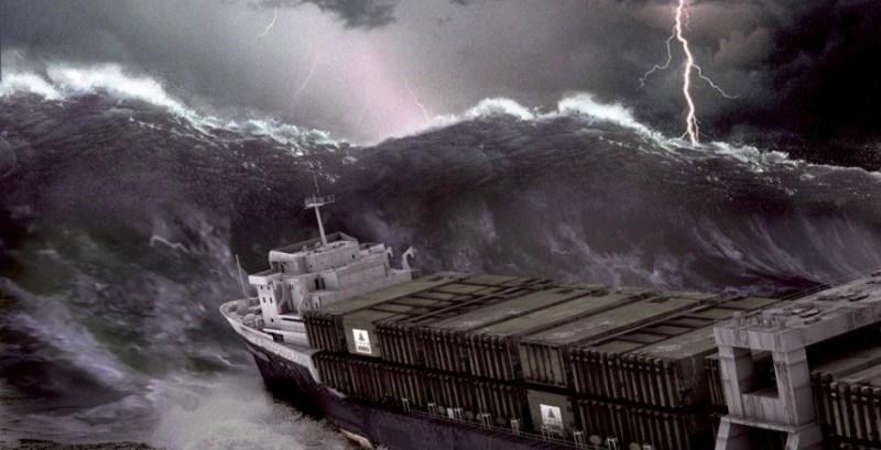 La forte houle empêche des navires transportant des produits alimentaires d'accoster
