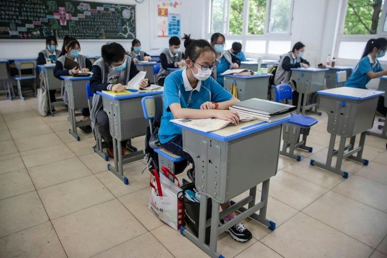 Coronavirus: plus de 15.000 morts en Amérique latine, les lycées rouvrent dans le Hubei