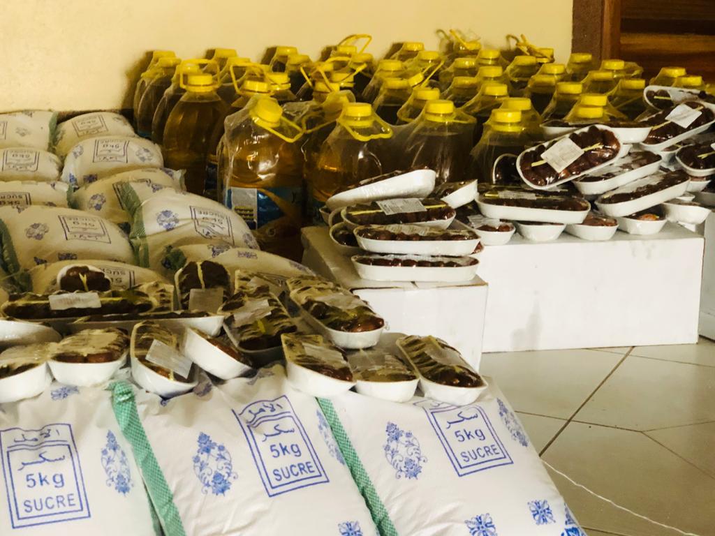 Les FPC distribuent des kits alimentaires aux familles nécessiteuses