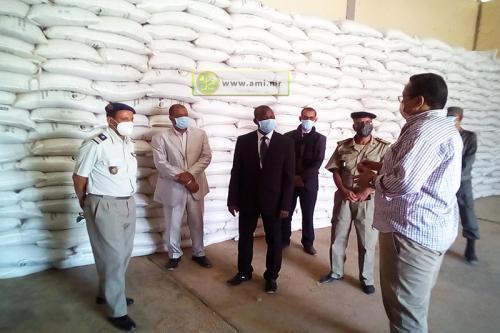 Le wali de l'Adrar s'informe du niveau des stocks de la Délégation régionale de la Sécurité alimentaire