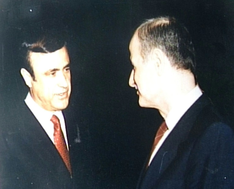 """Rifaat al-Assad: peine de prison et confiscation de """"biens mal acquis"""""""