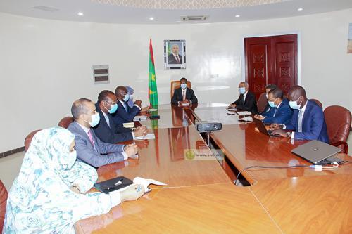 Le Premier ministre préside la réunion du comité interministériel chargé du plan général de Nouakchott.