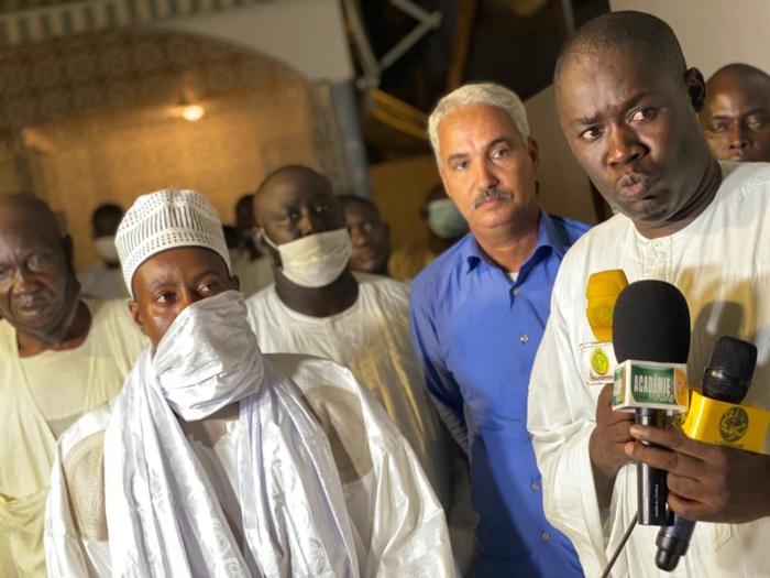 Cheikh Bass Abdou Khadre réceptionne les chameaux convoyés par la Mauritanie.