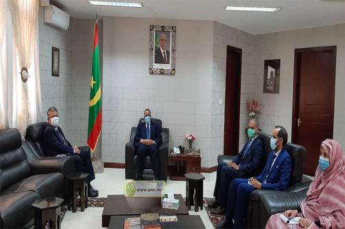 Le ministre des Affaires étrangères reçoit l'ambassadeur de Turquie