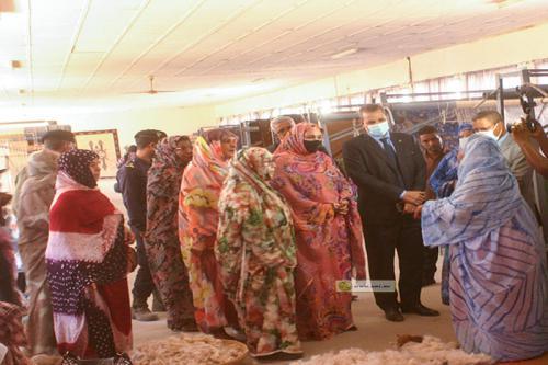 La ministre des Affaires sociales visite la Mauritanienne de Tissage