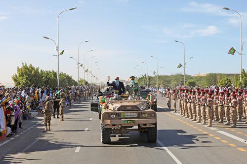 Le Président de la République supervise le grand défilé militaire du 60ème anniversaire de l'indépendance