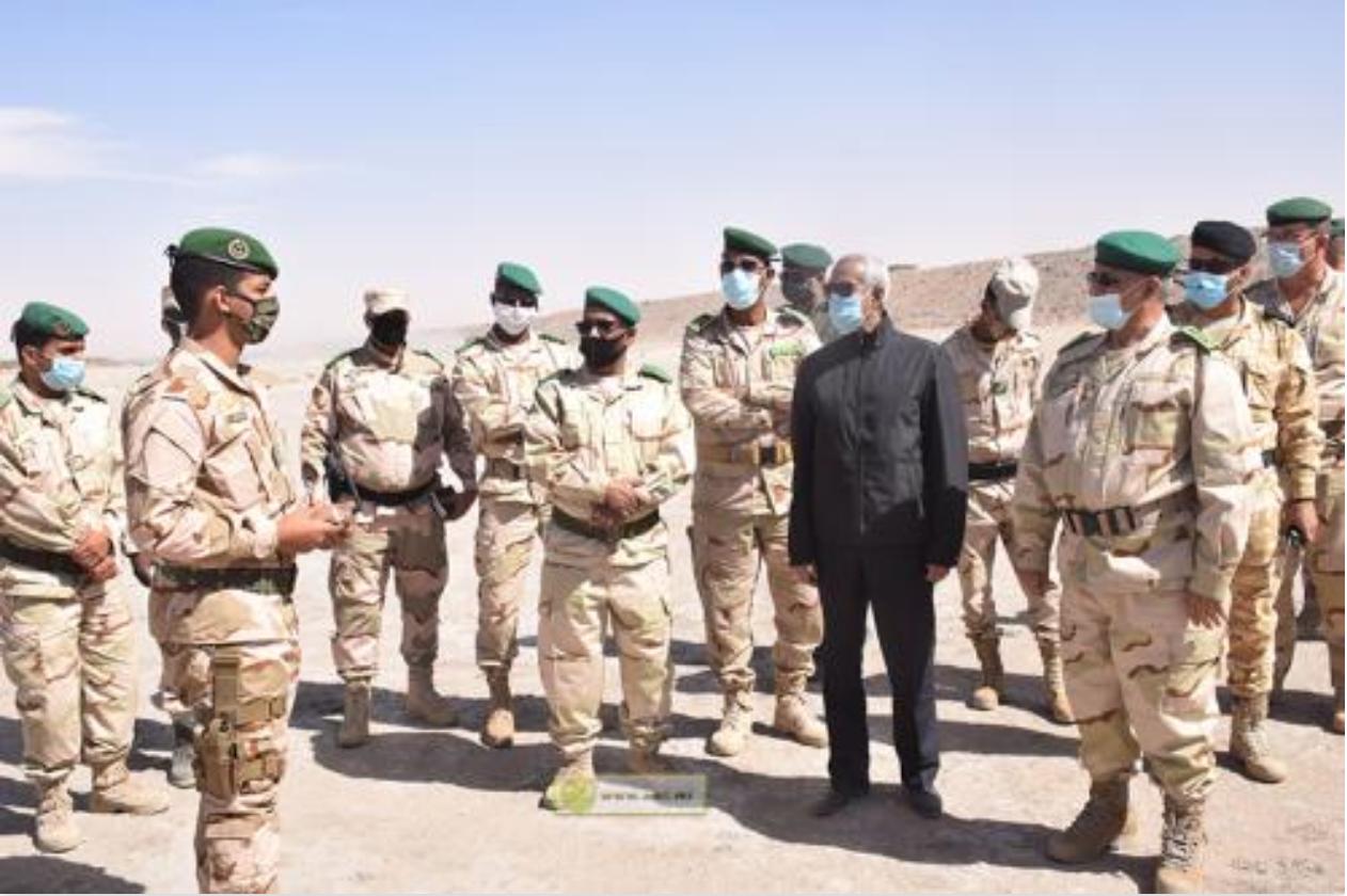 Le ministre de la Défense Nationale examine l'état d'avancement des travaux en cours pour la construction du Centre de formation opérationnelle et de maintien de la paix dans la moughataa de Ouad Naga