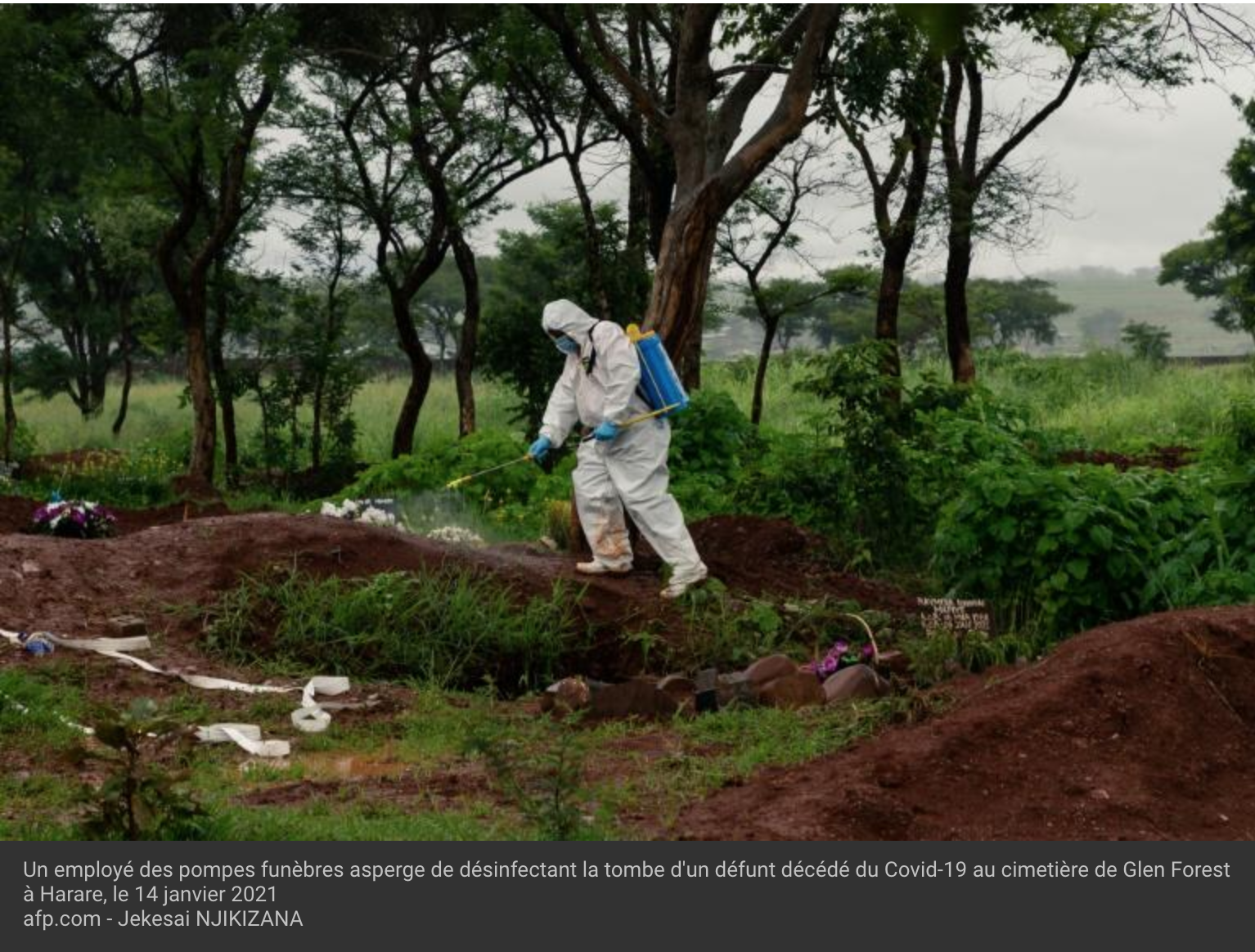 Covid-19 au Zimbabwe : des victimes enterrées à l'endroit de leur mort, sans cérémonie