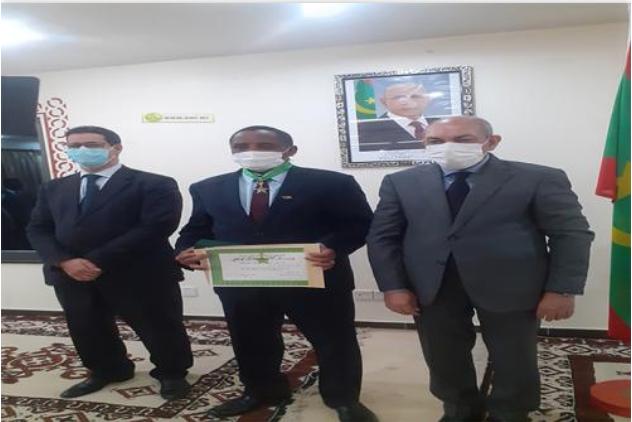 Décoration de l'ambassadeur soudanais Nouakchott
