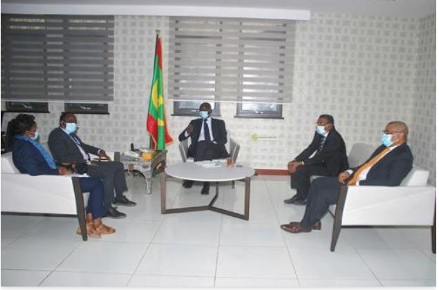 Le ministre des Affaires économiques reçoit l'ambassadeur chef de la Mission de l'OIM