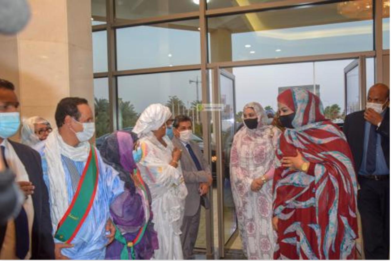 La Première Dame supervise le lancement du grand meeting de la femme mauritanienne