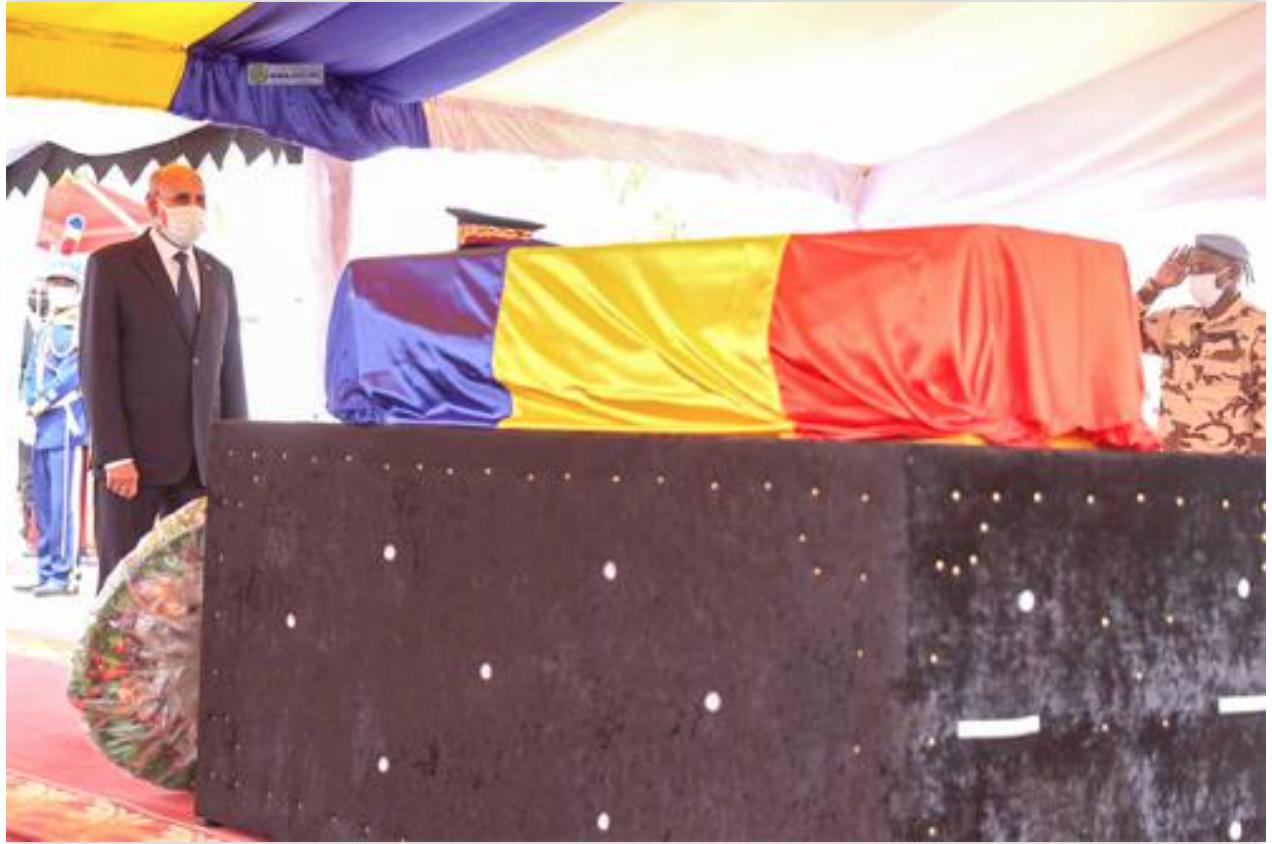 Le Président de la République assiste aux funérailles du défunt président Driss Deby Itno