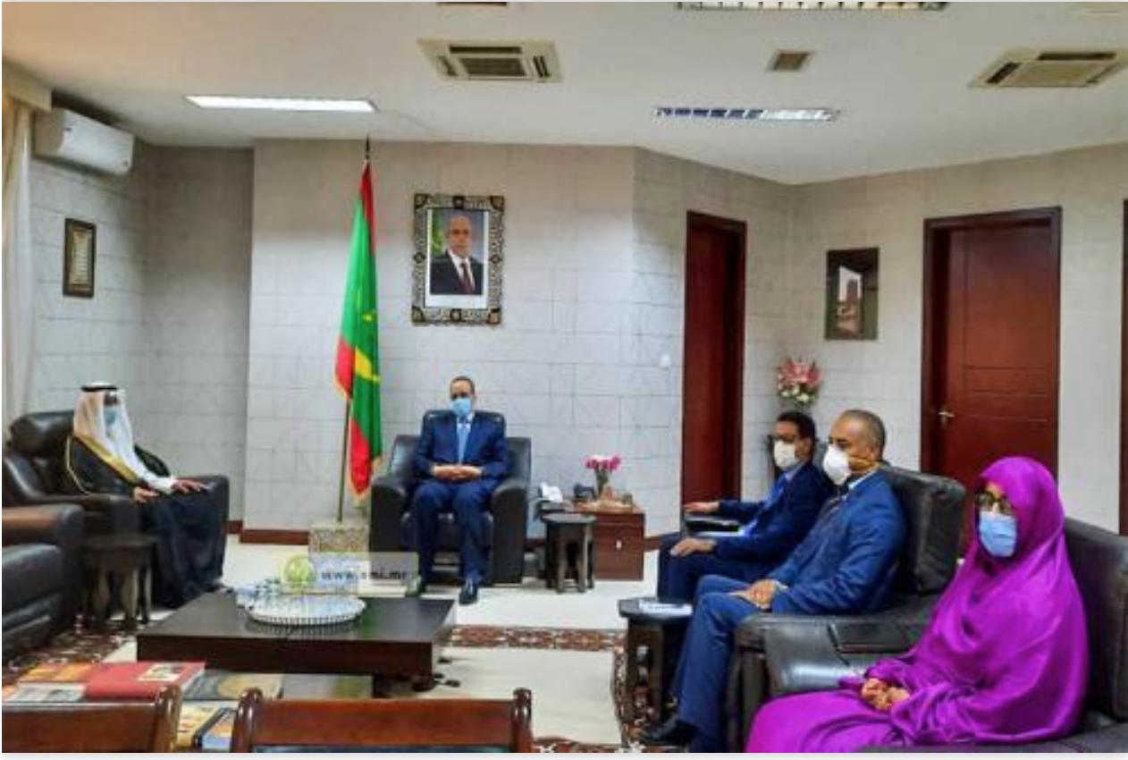 Le ministre des Affaires étrangères reçoit l'ambassadeur d'Arabie saoudite