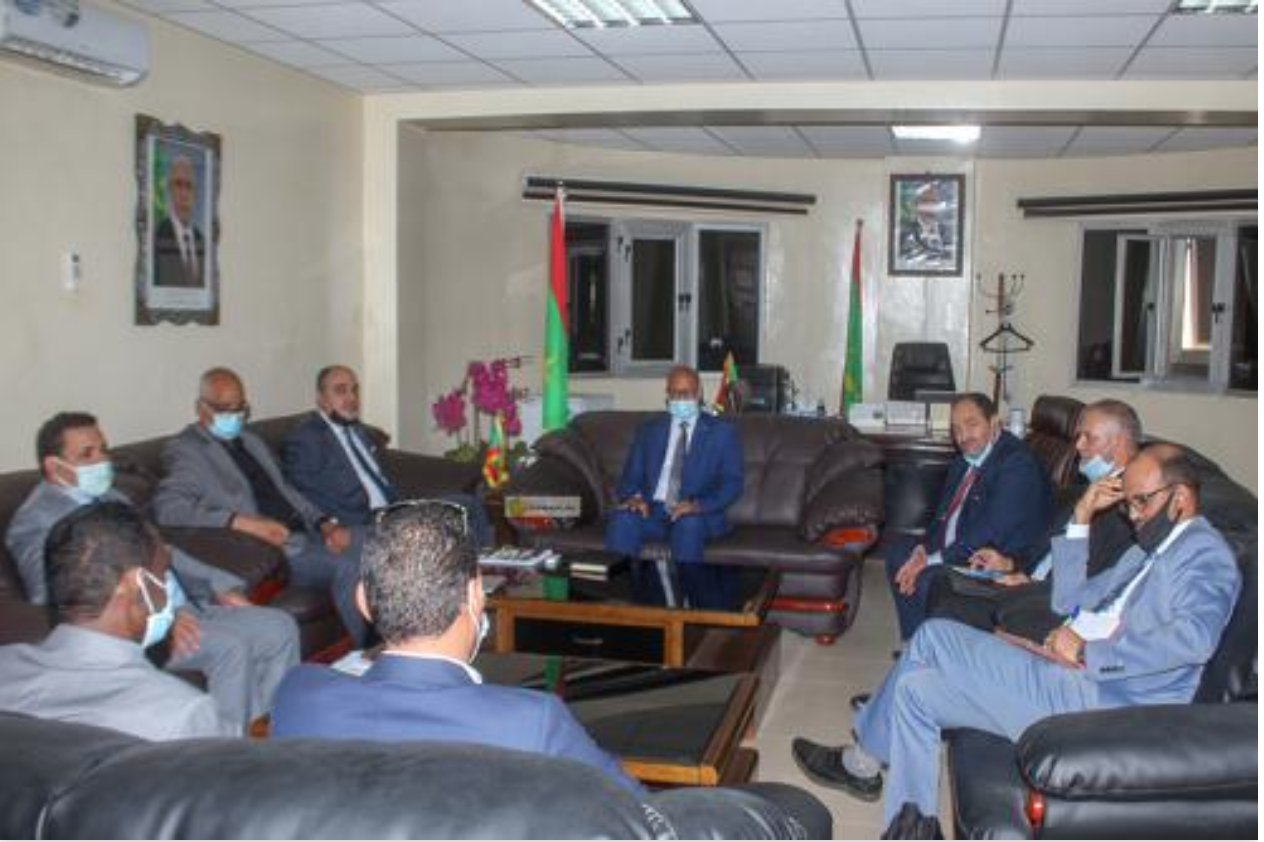Le ministre de l'Agriculture s'entretient avec une délégation de l'Autorité arabe pour l'investissement et le développement agricoles