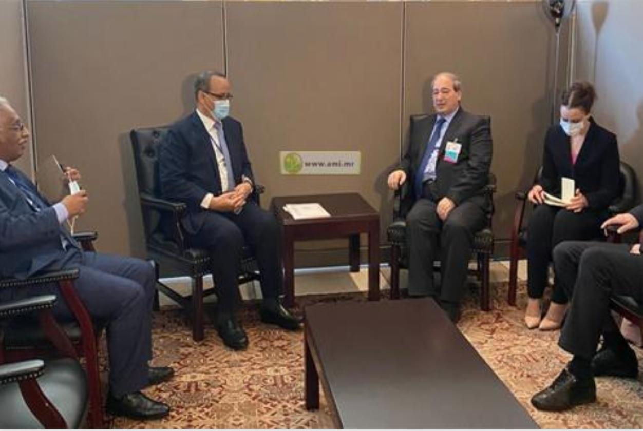 Le ministre des Affaires étrangères rencontre son homologue syrien