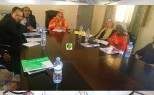 La ministre des affaires sociales s'entretient avec une caravane du Projet PENAOF