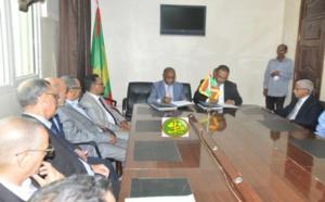 Signature d'une convention d'assurance maladie entre le ministère de la santé et le patronat