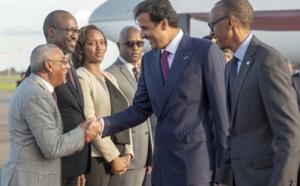 Moustapha Ould Liman Chaavi accueille l'émir du Qatar au Ruanda
