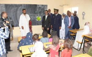 Le Premier ministre visite l'école de Hay El Miyah à Néma
